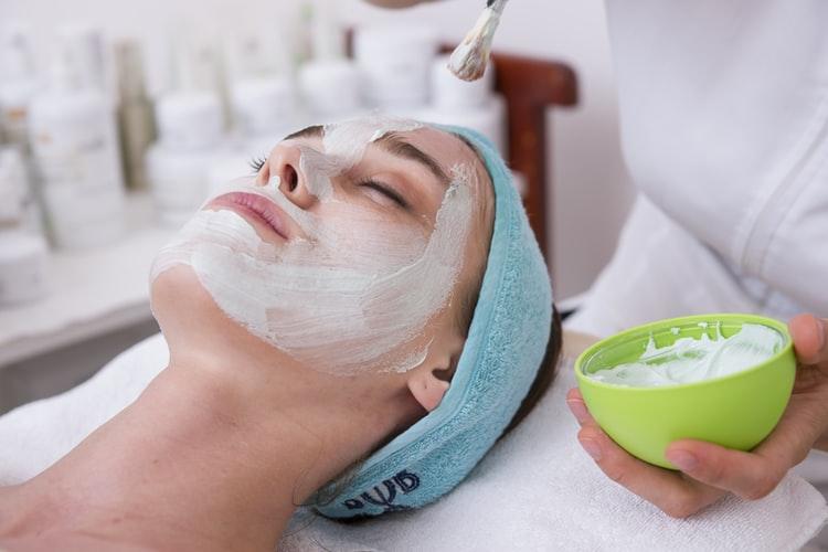 facial-spa-day-mask